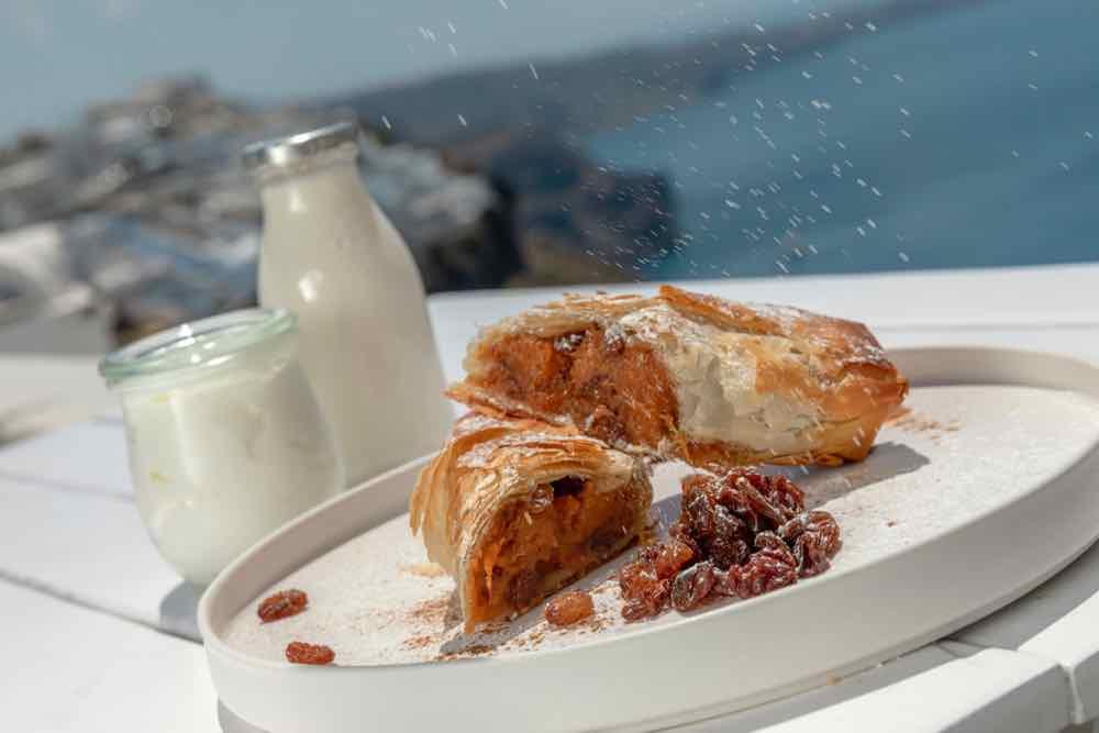 breakfast santorini bluedolphins01